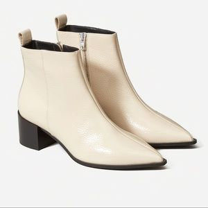 EVERLANE The Boss Boot Ivory Zippered Boot 7 1/2
